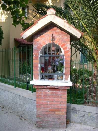 Via Pisa